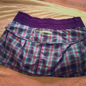 Lululemon skirt. Great condition- purple plaid.